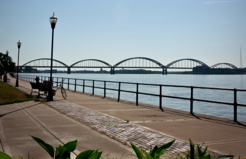 Quad Cities bridge